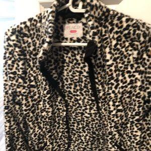 Girls cheetah print fleece size 10/12